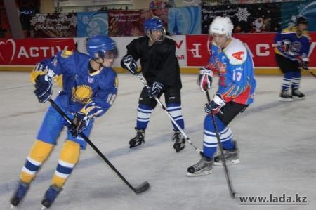 В Актау пройдет хоккейный матч между ветеранами и юношеской командой