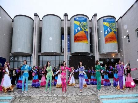 Победитель театрального фестиваля в Актау получит миллион тенге от акима области
