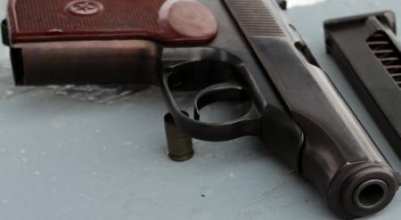 Полицейские задержаны после похищения табельного оружия из УВД Жезказгана
