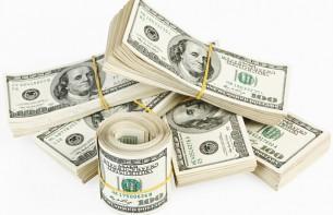 В Казахстане доллар может заменить рубль