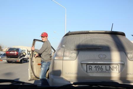 Актауские полицейские в «День взаимопонимания» штрафовали водителей только за грубые нарушения ПДД