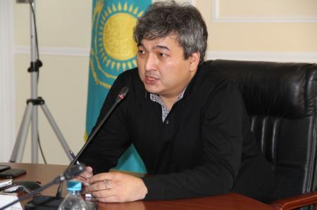 Политолог Данияр Ашимбаев: Одна из главных проблем Мангистау - водоснабжение