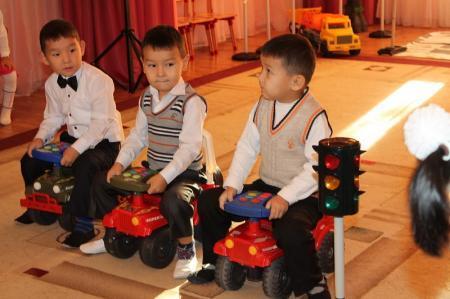 Актауские полицейские провели уроки безопасности в детских садах