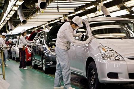 Прощай, бензин: Toyota начала серийный выпуск автомобилей, которые ездят на воде
