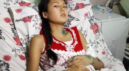 Чеку от гранаты на уроке НВП выдернул студент колледжа в Алматы - пострадавшая