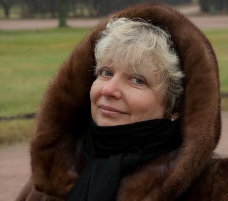 В Актау прояснить ситуацию с обманутыми студентами прилетела ректор московского института