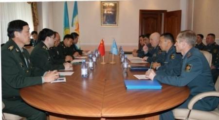 Сухопутные войска Казахстана будут расширять взаимодействие с армией Китая