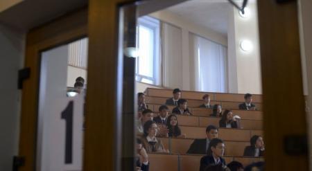 ЕНТ не устраивает казахстанских старшеклассников - соцопрос