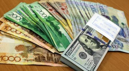 Казахстан будет снижать зависимость от доллара