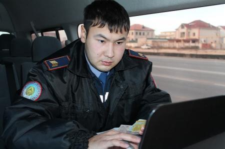 В Актау во время операции «Должник» выявлено более 300 неплательщиков штрафов за ПДД