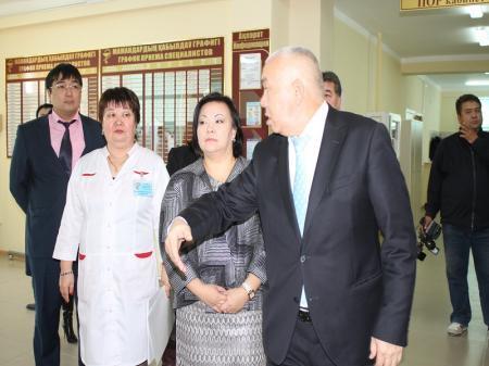 В Актау после капитального ремонта открылось детское отделение поликлиники №2