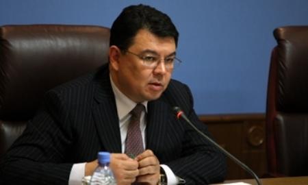 Аким Павлодарской области запретил подчиненным уезжать в праздники