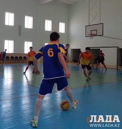 В Мунайлинском районе прошел открытый турнир по мини-футболу