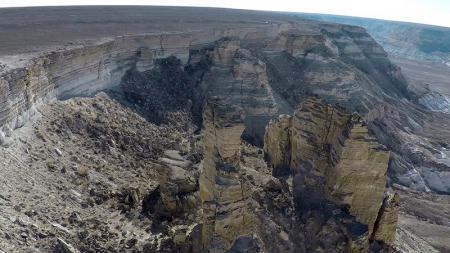 Новое видео про плато Устюрт сняли российские путешественники