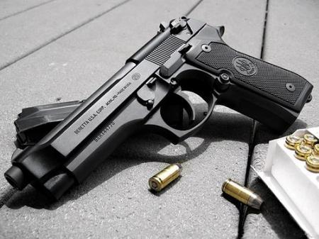 Казахстанцам необходимо иметь собственное короткоствольное оружие — пистолеты