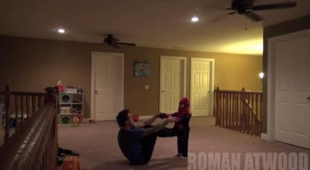 Жестокий розыгрыш американца над женой стал хитом YouTube