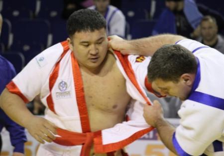 Айбек Нугымаров стал трехкратным чемпионом мира по қазақ күресі