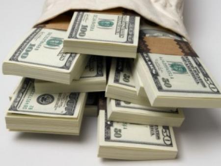 За два дня казахстанцы скупили полтора миллиарда долларов