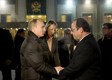 Нурсултан Назарбаев помог Франсуа Олланду решиться на встречу с Владимиром Путиным