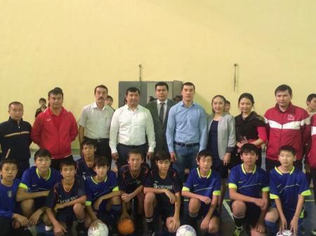 Мунайлинские школьники встретились с чемпионами по боксу