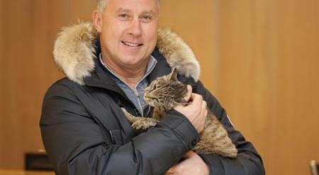 """Кота-обжору из Владивостока приютил ХК """"Адмирал"""""""