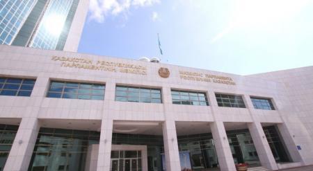 Мажилис Парламента проголосовал за присоединение Армении к ЕАЭС