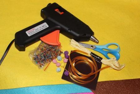 Елка-магнит из фетра — быстро и просто