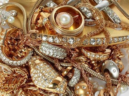 Полицейские задержали воров, укравших у жителя Актау золотые украшения на 42 тысячи долларов США