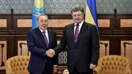 Нурсултан Назарбаев в рамках рабочего визита в Украину встретился с Президентом Украины Петром Порошенко