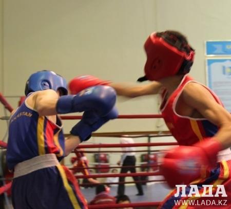 Мангистауские боксеры привезли из российского Орска 11 медалей