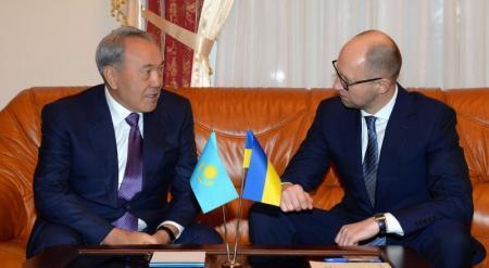 Назарбаев: Казахстанцы должны сделать вывод из ситуации на Украине