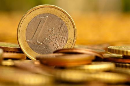 Китайцы научились подделывать монеты евро