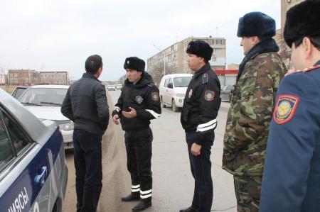 В Актау провели рейд по выявлению водителей, не пропускающих спецтранспорт