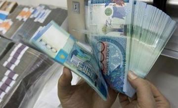 Келимбетов: Казахстанцы могут спокойно держать на депозитах 300 миллионов тенге