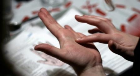 Назойливых гадалок будут штрафовать в Казахстане