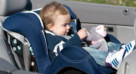 Правила установки детских автокресел разъяснили в Астане