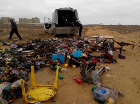 Несанкционированную свалку игрушек в 32 микрорайоне Актау ликвидировали
