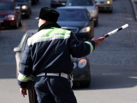 Полицейские будут проверять лишь наличие аптечки в автомобиле, а не ее состав - МВД Казахстана