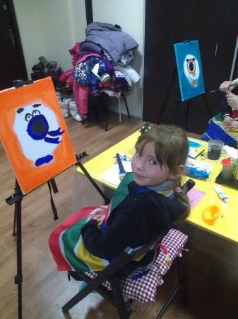 Волонтеры «Эстафеты добра Актау» собрали помощь для 52 малышей