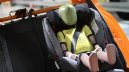 Отсрочка ввода нормы по детским автокреслам приведет к новым жертвам ДТП – МВД
