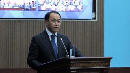 Call-центр для жалоб на произвол чиновников открыли в Казахстане