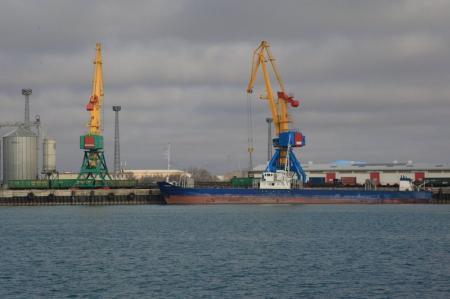 Руководитель морского порта Актау ответил на обвинения в некомпетентности и коррупции