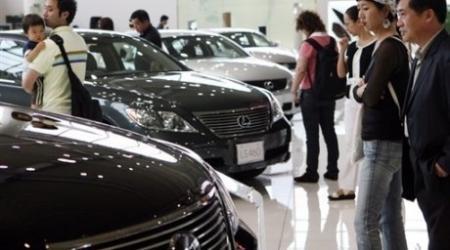 Автодилеры Казахстана добиваются единых цен на автомобили в ЕАЭС
