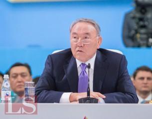 Назарбаев призывает сохранять стабильность в стране