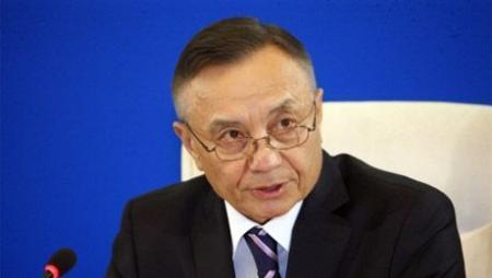 Попавшим под сокращение на предприятиях казахстанцам профсоюзы предлагают строить дороги