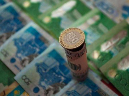 В Казахстане на поддержание курса тратится $2-3 млрд в месяц