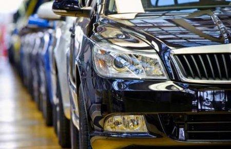 Президент рад, что казахстанцы купили дешёвые машины в РФ