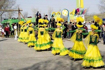 Казахстанцы отдохнут 8 дней на праздники в марте