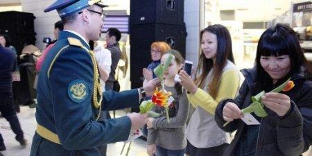 Военные Казахстана удивили флешмобом в честь 8 Марта