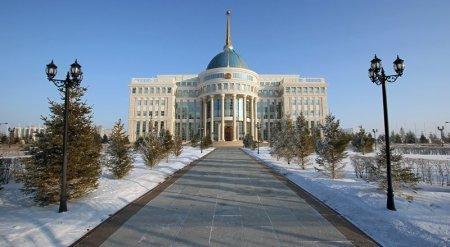 Перераспределить властные полномочия от президента к парламенту и правительству могут в РК